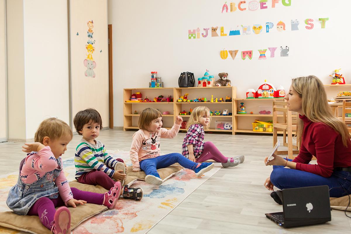 Что из себя представляет частный детский сад (Киев)?